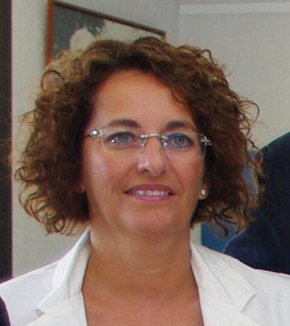 Florence Silli, Clerc de notaire