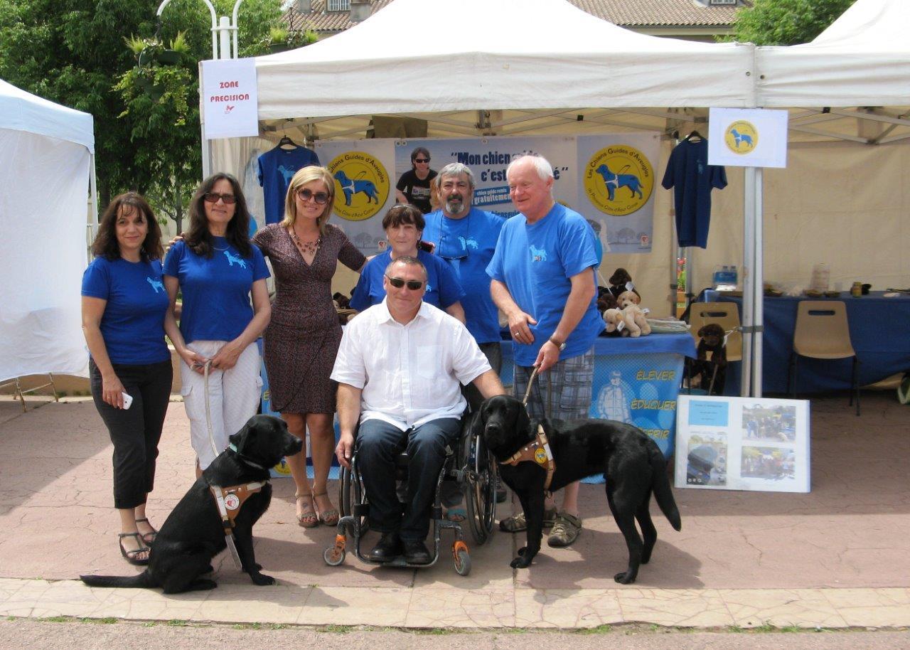 Rencontre avec le conseiller municipal au handicap de Toulon lors de la manifestation Handisport Passion